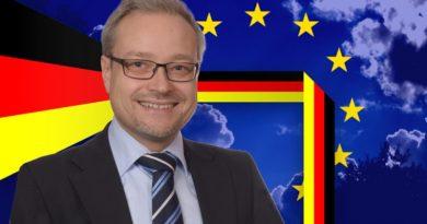 Marc Bernhard, MdB, Abgeordneter der AfD-Bundestagsfraktion aus Baden-Württemberg FotoAfD/Pixabay_slightly_different_PublicDomainPictures