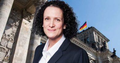 Nicole Höchst, MdB, Abgeordnete der AfD-Bundestagsfraktion aus Rheinland-Pfalz, FotoAfD