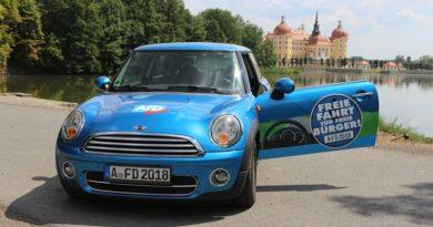 Stoppt die Geisterfahrer in Berlin: Das AfD-Diesel-Mobil auf Sachsen-Tour