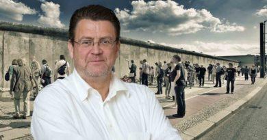 Jeder einzelne Mauertote steht für repressive Politik des Sozialismus'