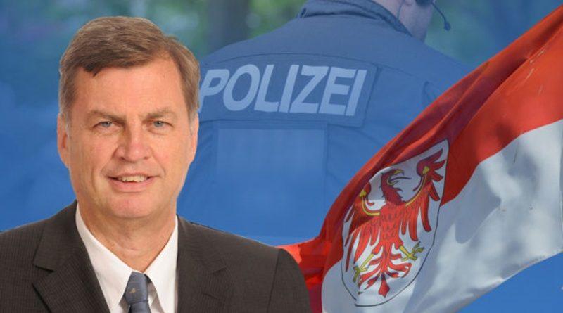 Rot-rot streitet über neues Polizeigesetz