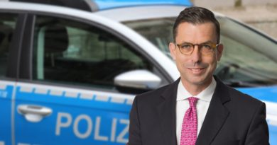 Polizeigesetz mit Hinkefuß