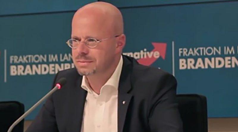 Rot-Rot in Brandenburg übt sich im politischen Kannibalismus