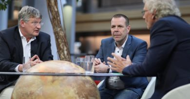 "MEUTHEN-Talk neue Folge: ""Patrioten für Europa"" mit Harald Vilimsky (FPÖ)"