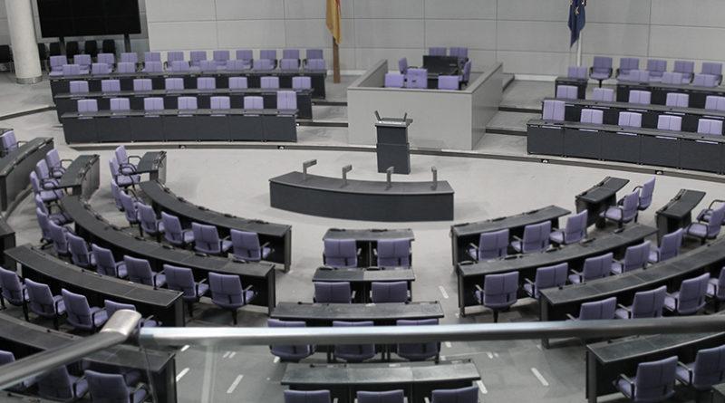 Der Petitionsausschuss - ein zahnloser Papiertiger?