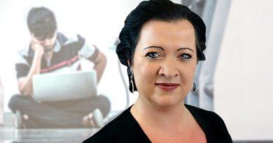 Brandenburgs Bildungsministerin ist auf einmal gegen das Schulschwänzen!