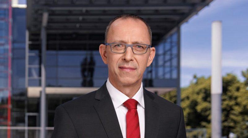Was will Kretschmer in Russland, wenn die CDU in Berlin an Sanktionen festhält