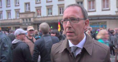 30 Jahre Mauerfall: Wir kämpfen weiter für Meinungsfreiheit und Demokratie