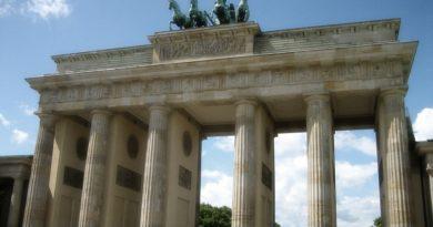 Antisemitischer Text zur Mauerfall-Feier war eine Schande für Berlin!