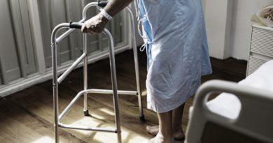 600 Euro mehr für Pflegeheim – staatliche Hilfe und Landespfleggeld nötig