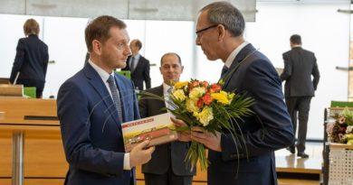 Kretschmer führt eine Koalition der Wahl-Verlierer
