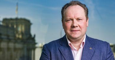 "Siegbert Droese: AfD-Fraktion beantragt ""Aktuelle Stunde"" und fordert Konsequenzen!"