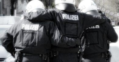 Berliner Polizisten nach Sachsen!